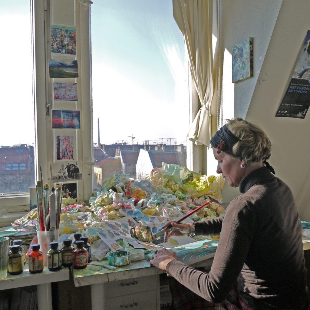 Künstlerin Mareike Felsch im Atelier